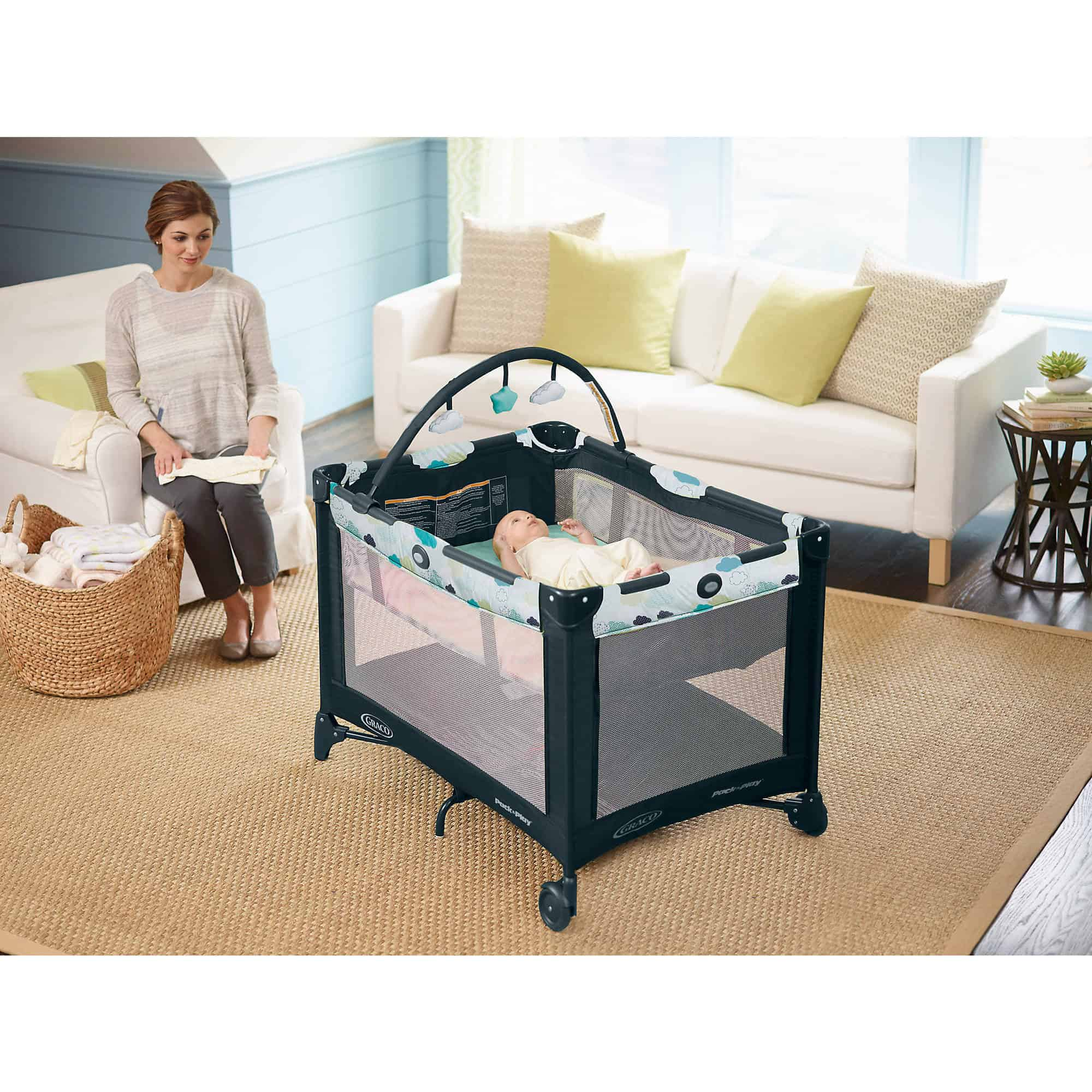 The Best Play Yard (overall). Graco Pack n ...