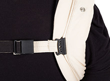 Mountain Buggy Juno carrier sternum strap.