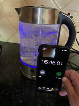 IKICH electric kettle boiling